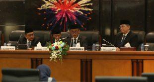 Rapat Paripurna Dewan Perwakilan Rakyat Daerah (DPRD) DKI Jakarta, Rabu (20/2). kp/bjc