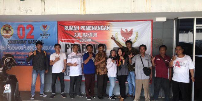 Paguyuban Bajaj DKI Jakarta bersilaturahmi di kantor Barpas Nusantara di Jalan Hang Jebat 5, Kebayoran Baru, Jakarta Selatan, Selasa (26/2). (ist)