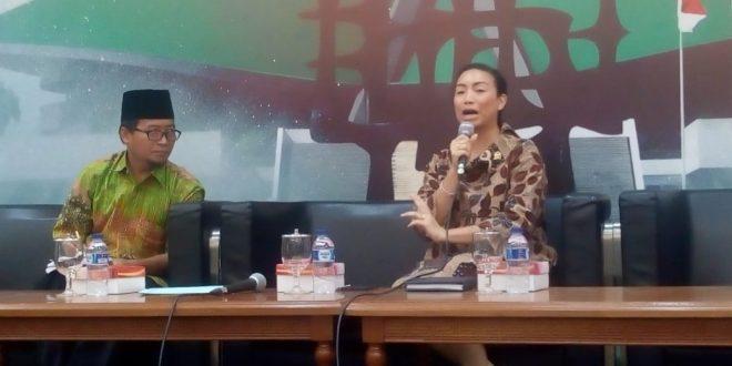 BELUM DIBAHAS – Anggota Komsi VIII DPR RI Rahayu Saraswati Djojohadikusumo mengatakan, DPR belum membahas Rancangan Undang Undang (RUU) Penghapusan Kekerasan Seksual (PKS) di Komplek Parlemen Senayan, Jakarta, Selasa (26/2). (kh) .