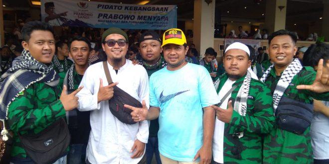 Prabowo Disambut Pendukung Gerakan Pemuda Kabah