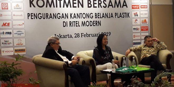 Asosiasi Pengusaha Ritel (Aprindo) sebagai asosiasi resmi usaha ritel di Indonesia mendukung kebijakan Kantong Plastik Tidak Gratis (KPTG) secara bertahap mulai 1 Maret 2019. (swd)
