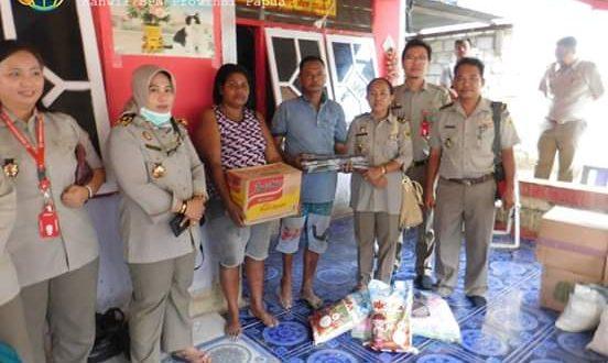 Kegiatan bakti sosial ini salah satu bentuk Peduli sesama oleh Kanwil BPN Provinsi Papua. (foto bpn Papua)
