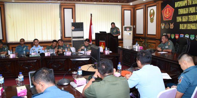 Kegiatan pembukaan Rakor membahas Rentinkon Kotamaops TNI tahun 2020 di Makodam IV/Diponegoro (14/3).