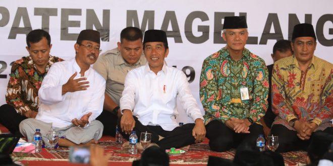 Joko Widodo, Sabtu (23/3) bersilaturahmi dengan keluarga besar Pondok Pesantren Darussalam Timur Watucongol Muntilan Magelang.
