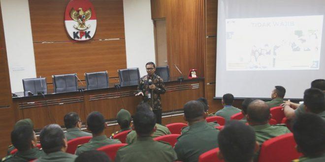 22 perwira mahasiswa Sekolah Tinggi Hukum Militer Direktorat Hukum Angkatan Darat (Ditkumad